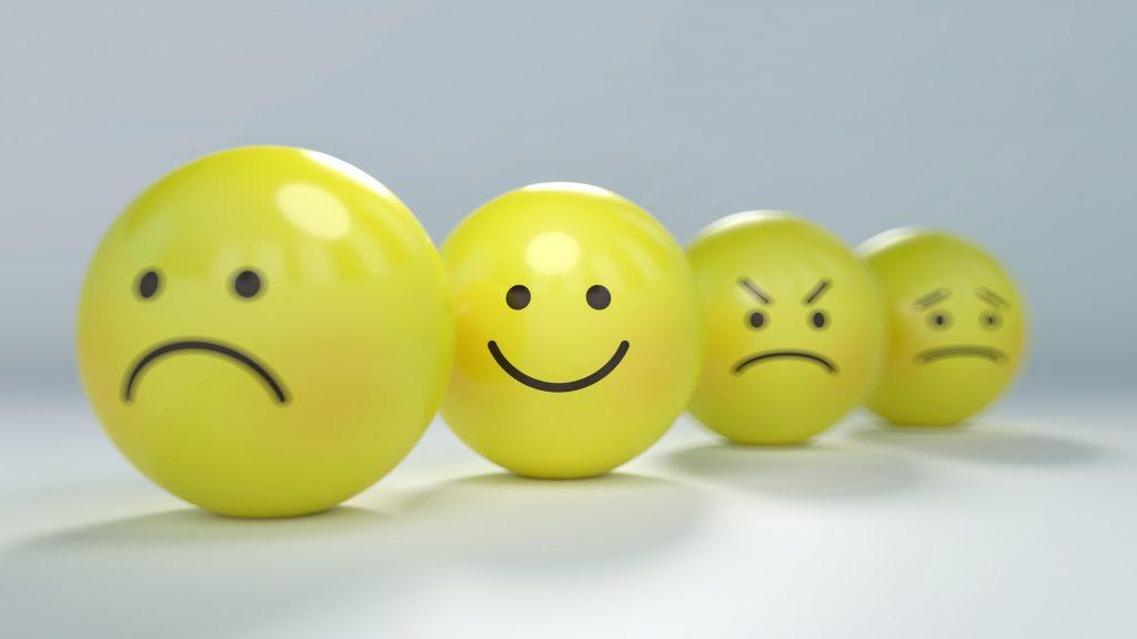 Chagrijnig tips goed humeur verbeteren emoji ballen