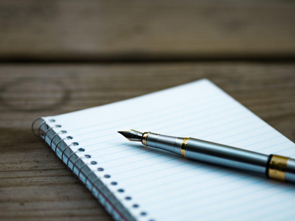 Verslag schrijven stappenplan tips voorbeelden school titel veelgesteldevragen